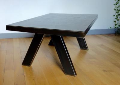 Table tout acier modèle 1