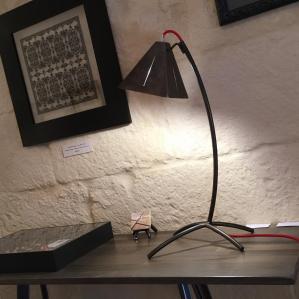 Lampe sur console hêtre grisé