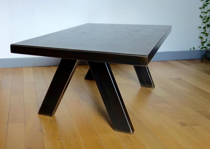 Table acier modèle 1